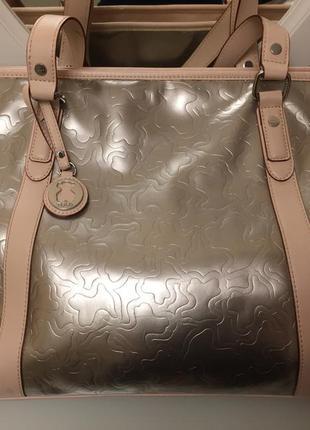 Трапециевидная сумка (tote) от испанского бренда tous