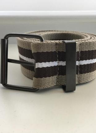 Фирменный тканевый пояс, текстильный ремень.