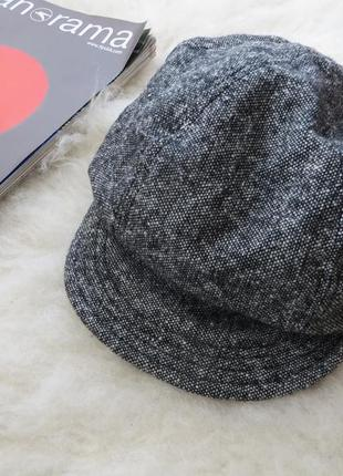 Стильная кепка/шляпа
