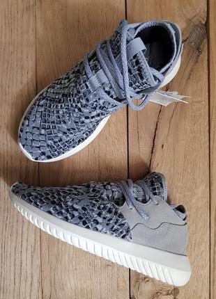Женские кроссовки adidas tubular entrap