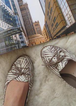 Лоферы clarks стильные туфли, кожа