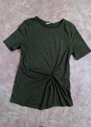 Оригинальная и стильная футболка цвет хаки