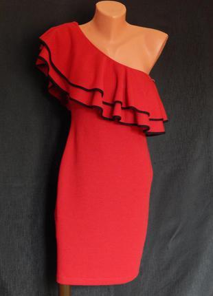 Шикарное платье-кармен от miss selfridge
