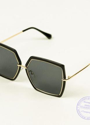 Солнцезащитные квадратные очки женские - 899/1