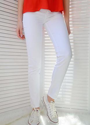 Белые джинсы gloria jeans