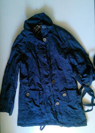 Стильная куртка весна-осень