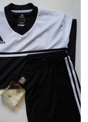 Спортивный комплект adidas