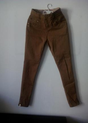 Джинси, штани  високою талією, пісочного кольору
