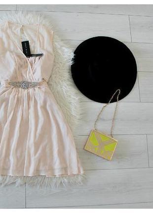 Платье на большую грудь