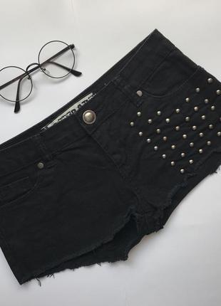 Розпродажа чорні шорти шортики черные шорты с шипами шортики очень маленький размер xxs