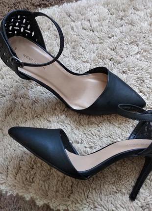 Босоніжки,туфлі,лодочки new look
