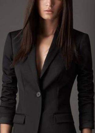 Классический черный пиджак. универсальная вещь.