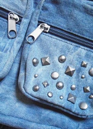 Мегастильная деним сумочка с заклепками\кроссбоди\сумка через плече jennyfer
