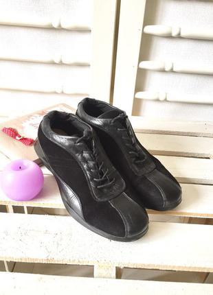 37р/24 см стильные аккуратные кожаные+замшевые кроссовки на шнуровках от tommy hilfiger