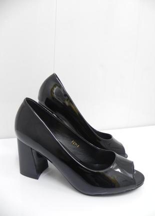 Стильные туфли 7см каблук удобный 36.