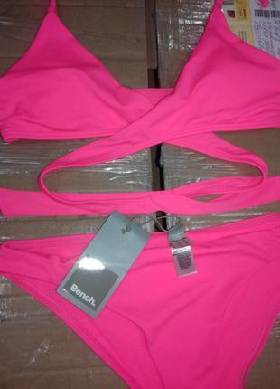 Раздельный розовый купальник bench