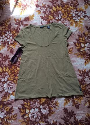 Классная футболка цвета хаки. размер 42-46