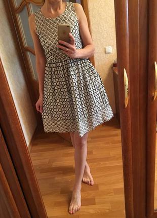 Платье с вышивкой на подкладке monsoon