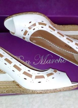 Кожаные фирменные туфли от бренда sharman