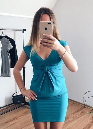 Шикарное платье с восхитительным декольте от kriza (тянется)