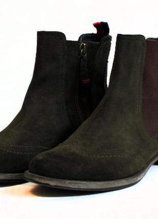 Замшевые челси ботинки tommy hilfiger. стелька 23,5 см