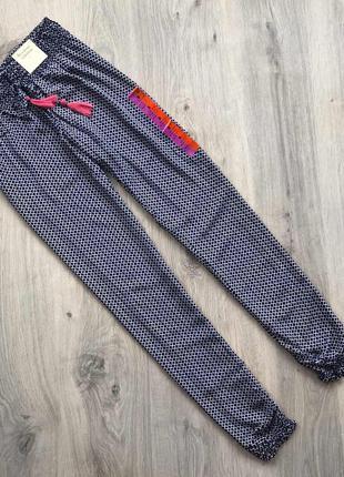 Пижамные штанишки от love to lounge