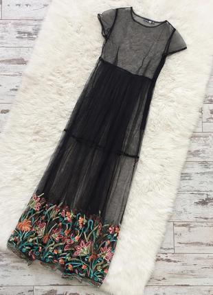 Шикарное платье сетка с актуальной вышивкой от boohoo