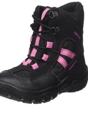 Сапоги ботинки для девочки  geox р. 31. оригинал
