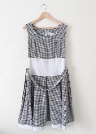Очень красивое ретро платье миди