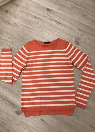 Лёгкий свитер oggi