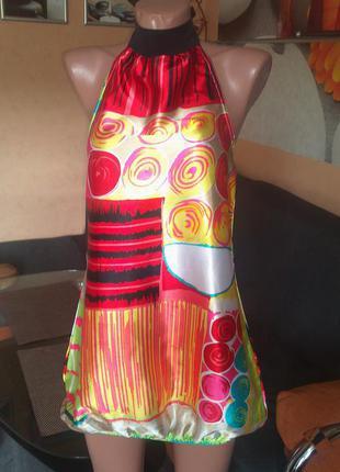 Яркое атласное платье-баллон,р-р xs/s