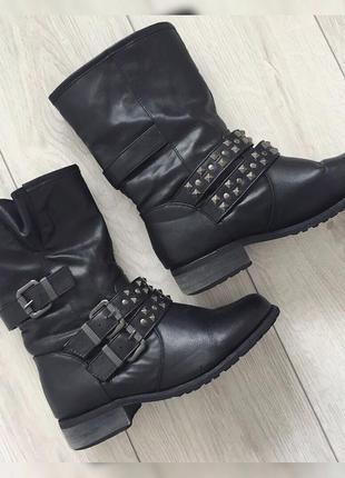 Стильные ботинки от new look, сапоги.