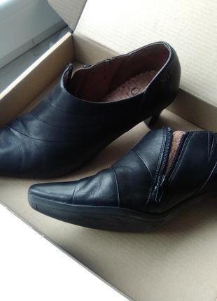 Туфли ботильоны черные кожаные caprice 39-40, 26см