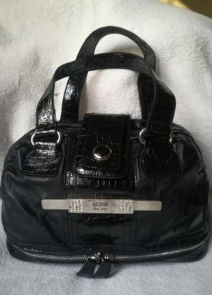 Брендовая сумка guess. оригинал.