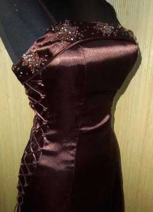 Вечернее атласное платье в пол с фатином с корсажем yves calin paris3