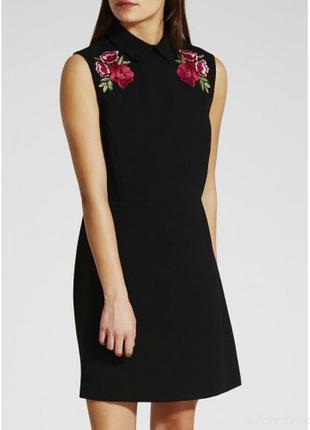 Черное платье с вышивкой от papaya, 10 р. новое!