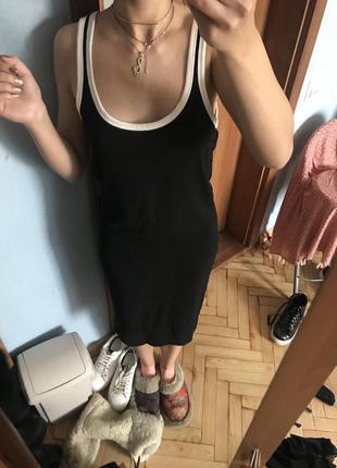 Чёрное платье футляр длинное облегающее