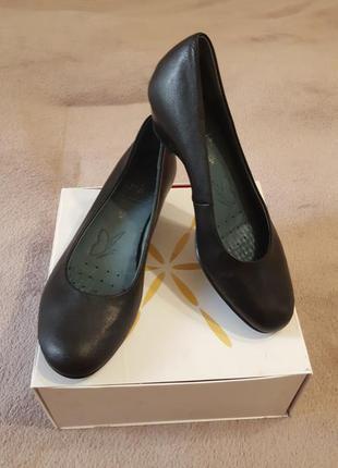 Туфли, caprice