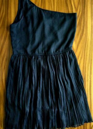 Милое платье zara на одно плечо