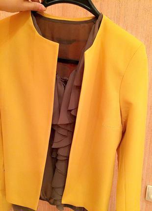 Пиджак новый. фабричная польша. высочайшее качество.
