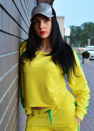 Кофточка желтая с зеленою полоской