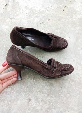 36р/24 крутые замшевые коричневые туфли с бахрамой оксфорды испания,кэжуал,кожаные.