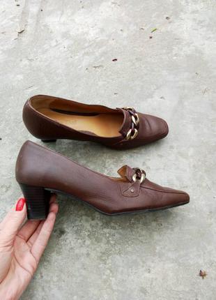 37р/24.5 трендовые коричневые кожаные туфли с цепью,классические,деловые,кэжуал.