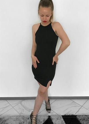 Отличное чёрное платье