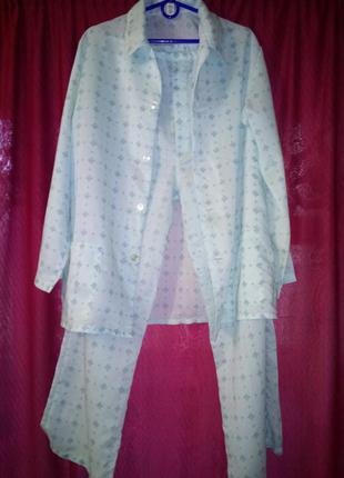 Мужская  пижама на пуговицах с брюками.50