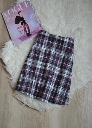 Короткая юбка в клеточку а-силуэта missguided
