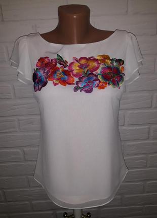 Нежная блуза с шикарной вышивкой р.s (пог 44см)