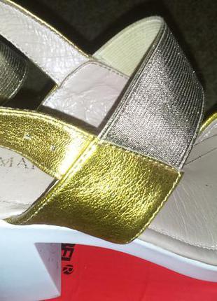 Босоножки кожаные marko rossi,золото,37 размер