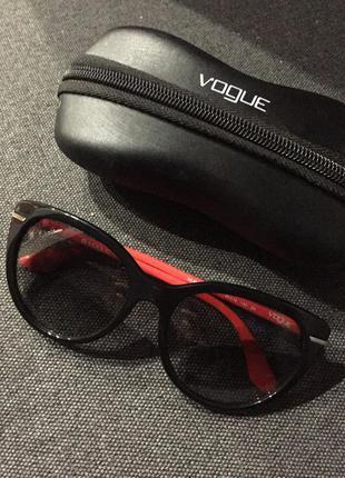 Супер очки vogue