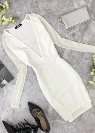 Белоснежное платье с v- образным вырезом  dr1817149  missguided